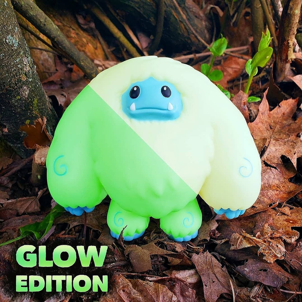 Limited Glow Edition Chomp Vinyl Figure Pre-order Ships ~2 Months