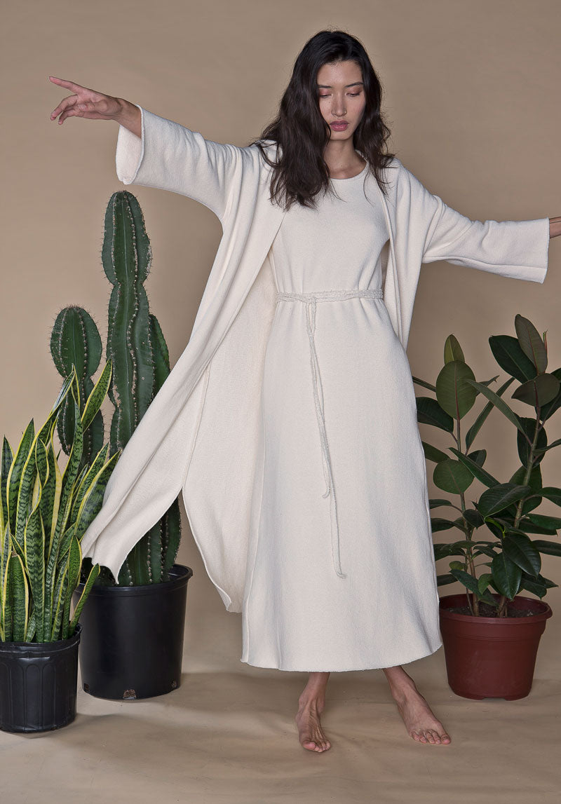 AN AMERICAN PRAYER DRESS