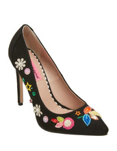 ALEXIS BLACK - SHOES - Betsey Johnson