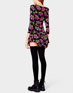 BASICALLY BETSEY THIGH HIGH SOCK BLACK