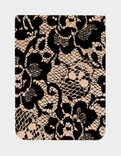 BETSEY LACE PHONE POCKET BLACK/PINK - ACCESSORIES - Betsey Johnson