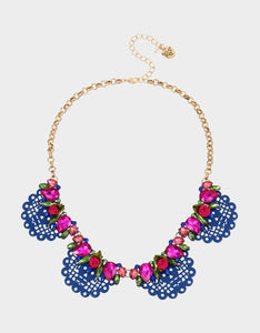 BETSEYVILLA FLAG FRONTAL NECKLACE BLUE