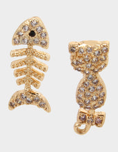 BOO CAPSULE CZ CAT FISH STUDS CRYSTAL - JEWELRY - Betsey Johnson