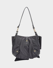 BOW TO THE CROWD SHOULDER BAG BLACK - HANDBAGS - Betsey Johnson