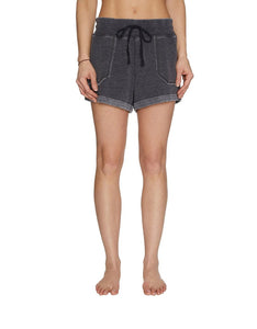 DISTRESSED ROLL HEM SHORT BLACK