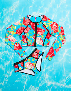 FRAMED FLOWERS RASHGUARD TOP BLUE MULTI