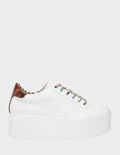 GROOVE-BJ WHITE -  - Betsey Johnson