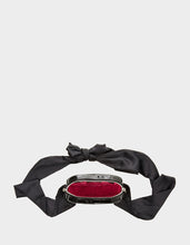 LIMITED EDITION HEART ON YOU CROSSBODY BLACK - HANDBAGS - Betsey Johnson