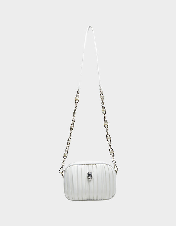PRETTY PLISSE CROSSBODY WHITE - HANDBAGS - Betsey Johnson