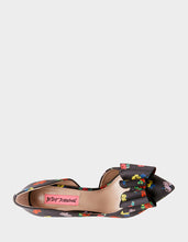 PRINCE-P BLACK - SHOES - Betsey Johnson