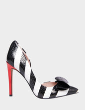 PRINCESS BLACK-WHITE - SHOES - Betsey Johnson