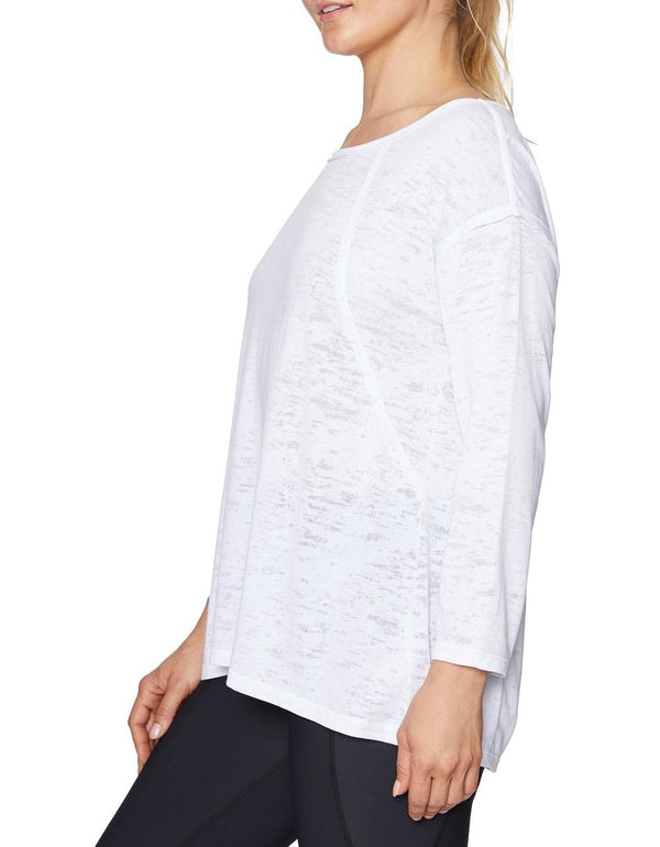 RAW EDGE FIT AND FLARE TEE WHITE - APPAREL - Betsey Johnson
