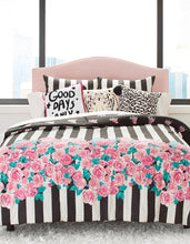 ROMANTIC ROSES KING COMFORTER SET PINK - BEDDING - Betsey Johnson
