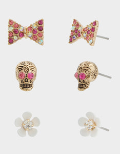 SKULLS AND CATS SKULL STUD SET PINK