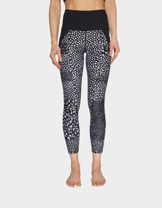 TEXTURAL PATCHWORK HIGH RISE LEGGING BLACK-WHITE