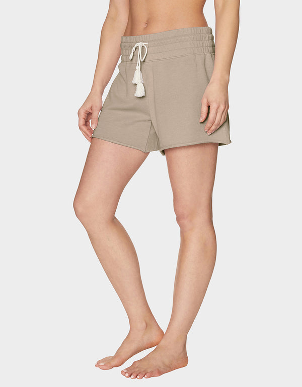 TOPSTITCH RAW EDGE SHORT BEIGE - APPAREL - Betsey Johnson
