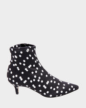 VERONA BLACK-WHITE - SHOES - Betsey Johnson