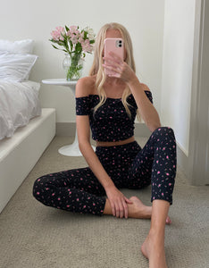 BETSEYS VINTAGE INSPIRED CROP TOP FLORAL