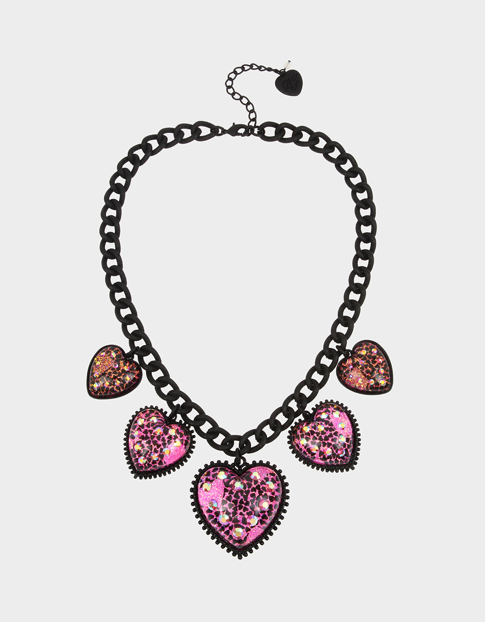 XOX GLITTER HEARTS NECKLACE FUCHSIA - JEWELRY - Betsey Johnson