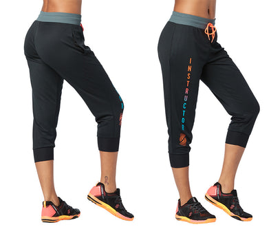 Strong by Zumba Squat Sync Sweat Instructor Cropped Pants - Bold Black Z1B00725