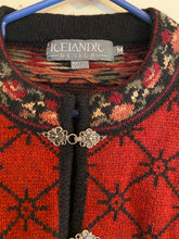 Load image into Gallery viewer, Icelandic Design Women's Sweater 2 Clasps  Wool Size M