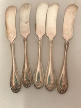 Load image into Gallery viewer, R. Wallace Set of 5 Silverplate Butter Knives Stuart