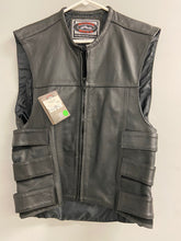 Load image into Gallery viewer, River Road Black Leather Mens Small Biker Vest NWT