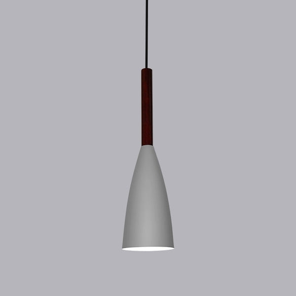Suspension SKARA luminaire industrielle design bois aluminium gris