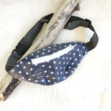 Load image into Gallery viewer, Bolsa de cintura NAVY STARS