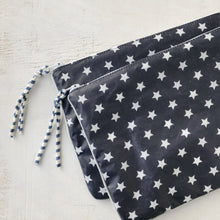 Load image into Gallery viewer, clutch grande NAVY STAR