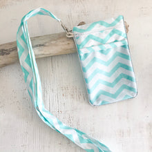 Load image into Gallery viewer, Bolsa telemóvel CHEVRON menta
