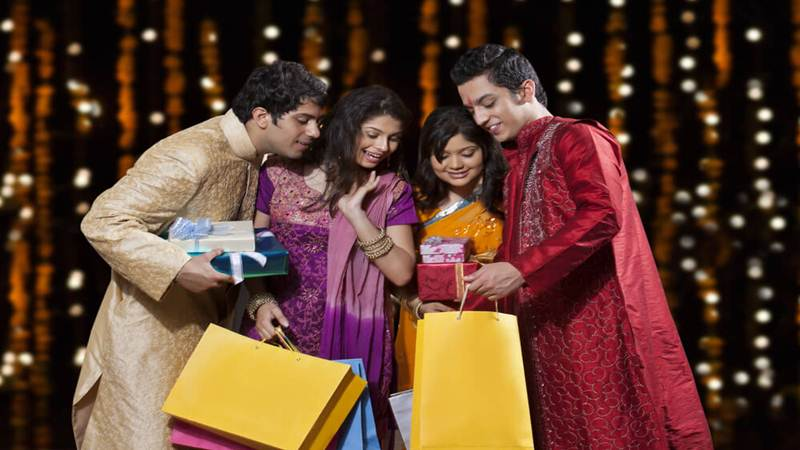 Diwali Gifting Ideas 2018: 10 Awesome & Affordable Gifts for Diwali