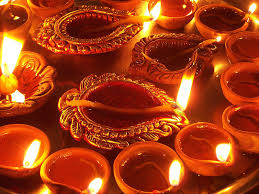 Diwali Diyas: Why Do We Light Them & 5 Cool Diyas To Buy Online