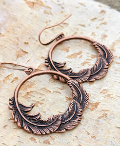 Copper Feather Hoop Earrings - Minxes' Trinkets