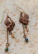 Load image into Gallery viewer, Vintage Floral Brass Earrings - Minxes' Trinkets