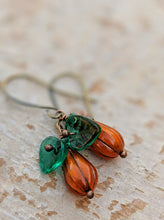 Load image into Gallery viewer, Mini gourd pumpkin earrings - I - Minxes' Trinkets