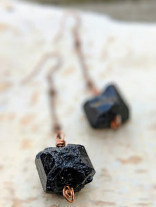 Black Tourmaline Dangle Earrings - Minxes' Trinkets