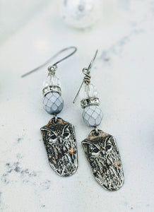 Pewter Winter Owl Earrings - Minxes' Trinkets