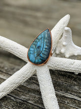 Load image into Gallery viewer, Size 9.5 Carved Labradorite Evil Eye Copper Electroformed Ring - Minxes' Trinkets