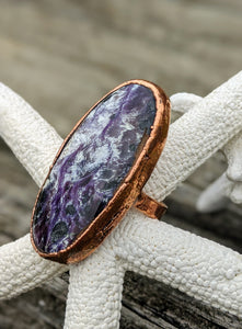 Size 9 Purple Charoite Copper Electroformed Ring - Minxes' Trinkets