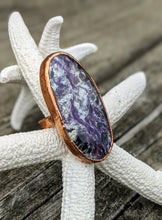 Load image into Gallery viewer, Size 9 Purple Charoite Copper Electroformed Ring - Minxes' Trinkets