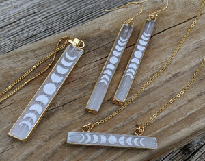 Engraved Selenite Moon Phase Necklace - Horizontal Bar - Minxes' Trinkets