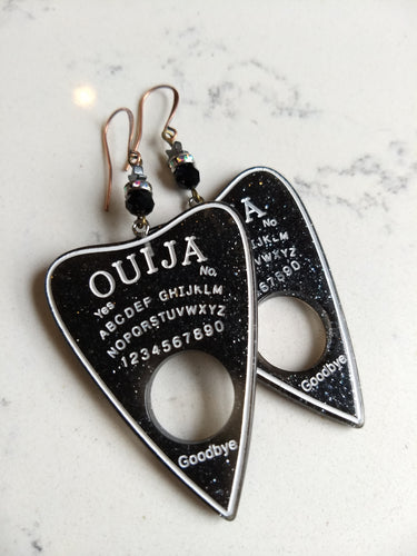 Ouija planchette earrings - black glass and hematite stars - Minxes' Trinkets