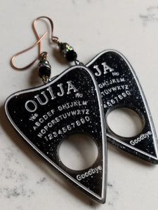Ouija planchette earrings - black glass and pyrite - Minxes' Trinkets
