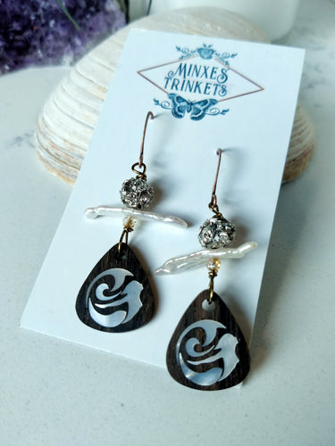 Inlay Earrings - Mermaid and Pearl - Minxes' Trinkets