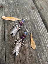 Load image into Gallery viewer, Cicada earrings - Minxes' Trinkets