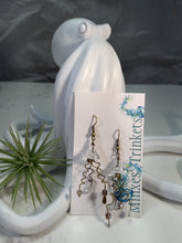Load image into Gallery viewer, Jellyfish Earrings - Clear - Minxes' Trinkets