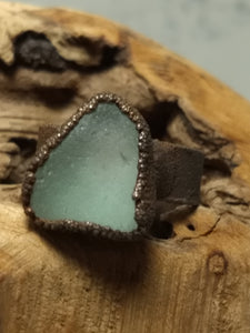 Chesapeake Bay Seaglass Copper Electroformed Ring - Size 9 - Minxes' Trinkets