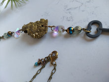 Load image into Gallery viewer, Skeleton Key and Druzy Necklace - Minxes' Trinkets