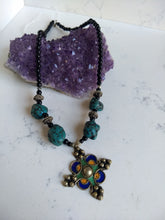 Load image into Gallery viewer, Enamel Moroccan Necklace - Minxes' Trinkets